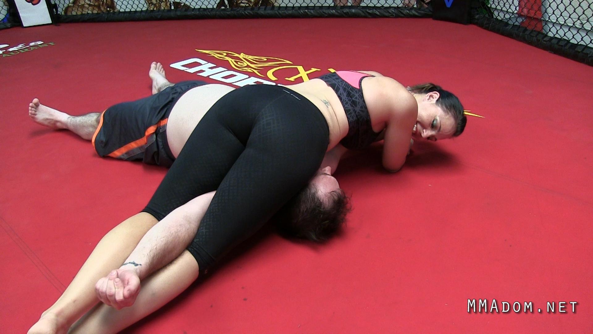 scarlett_devine_mixed_wrestling.Still012